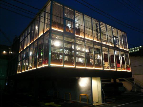 (3)玻璃屋